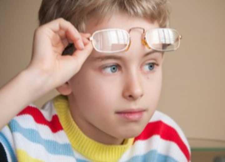 Лечение миопии у детей: слабой и высокой степени, гимнастика для глаз ребенка, степени, профилактика, коррекция