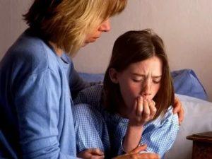 Ребенок захлебывается соплями во сне: что делать?
