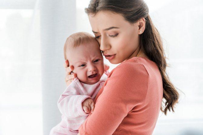Как правильно укачивать ребенка   уроки для мам