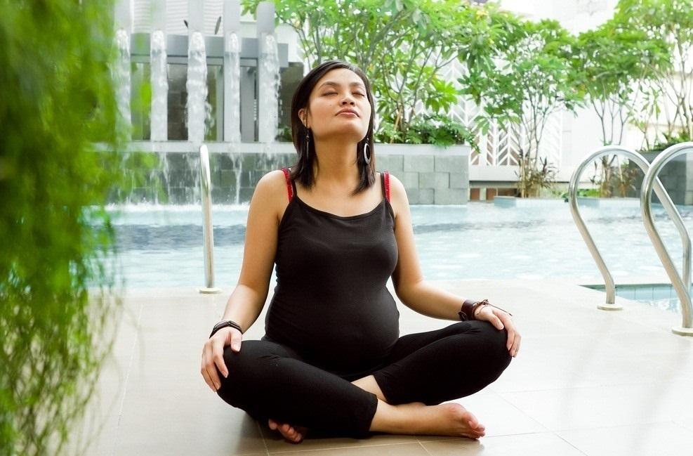Гимнастика для беременных: упражнения в 1, 2 и 3 триместре в домашних условиях, лечебная физкультура