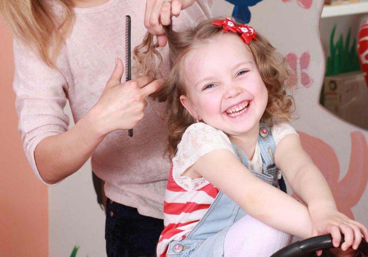 Как подстричь ребенка без слез и истерик: причины боязни стрижки, полезные советы - doctor-lurye.ru