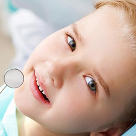Что делать, если у ребёнка болит зуб