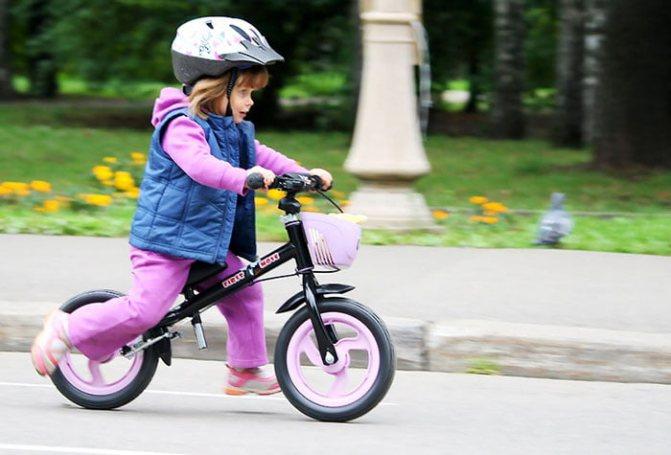 Как научить ребенка кататься на велосипеде?быстро и безопасно.