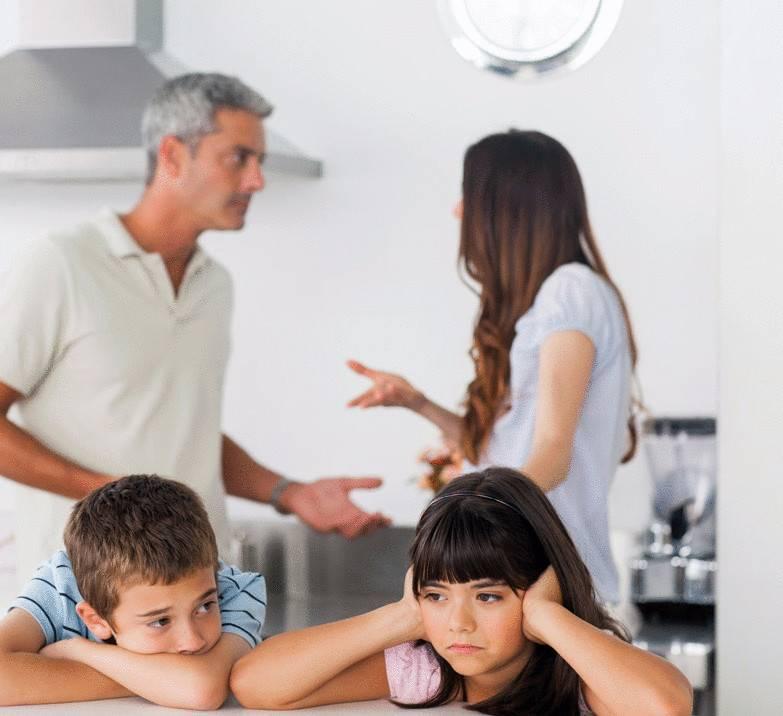 Как скандалы в семье влияют на ребенка: что делать родителям