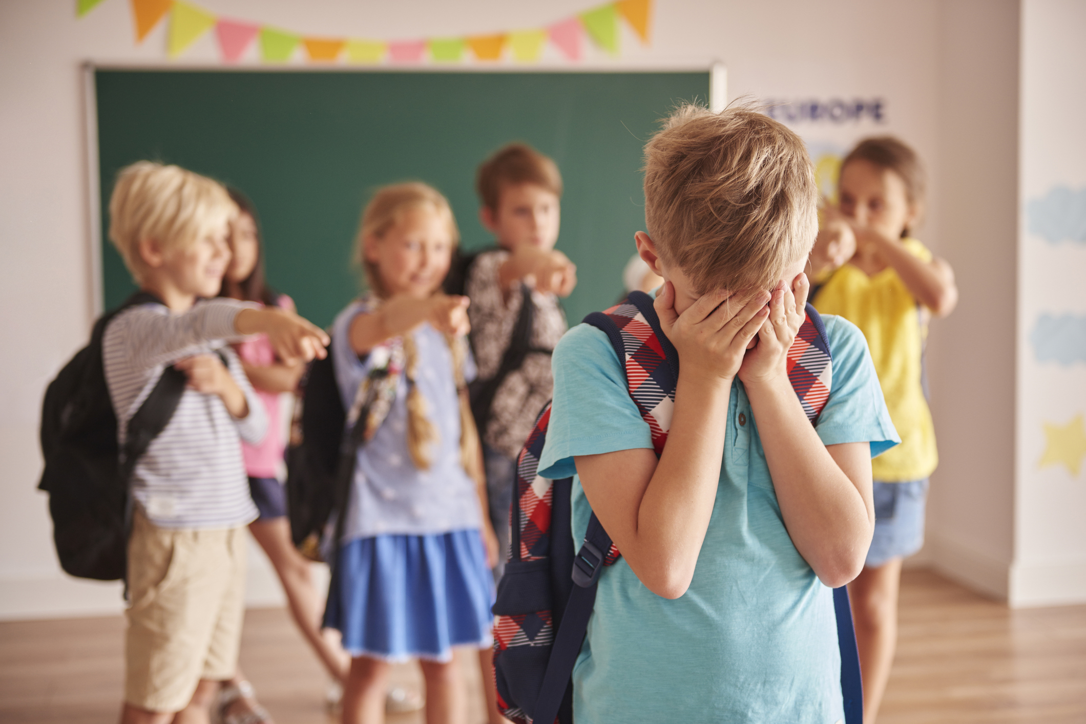 Борьба со школьным буллингом и моббингом: способы противостояния травле