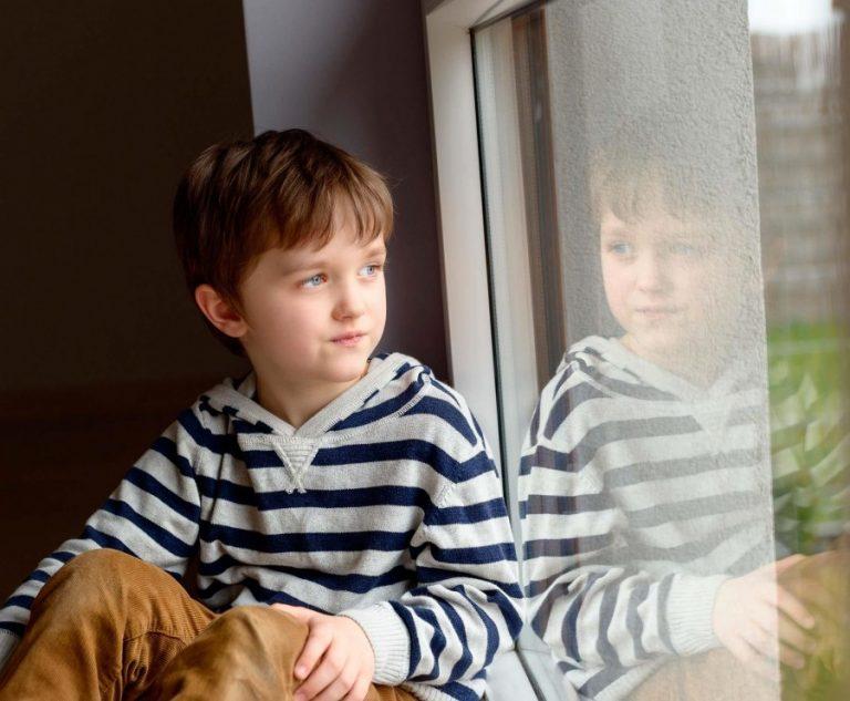 У ребенка появился воображаемый друг: насколько это опасно и в каких случаях бить тревогу ❗️☘️ ( ͡ʘ ͜ʖ ͡ʘ)