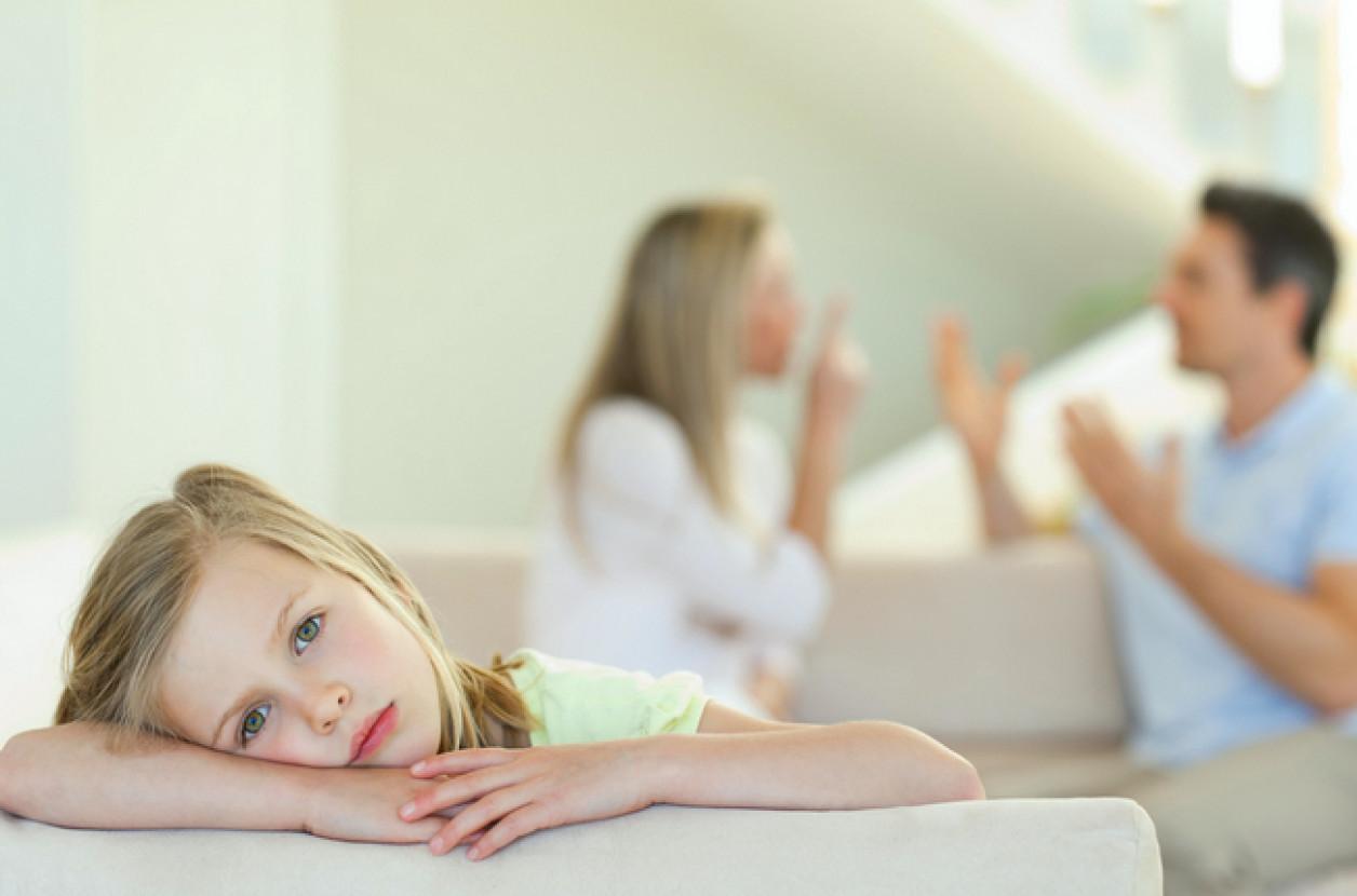 Чем опасны для детей скандалы родителей – советы психолога