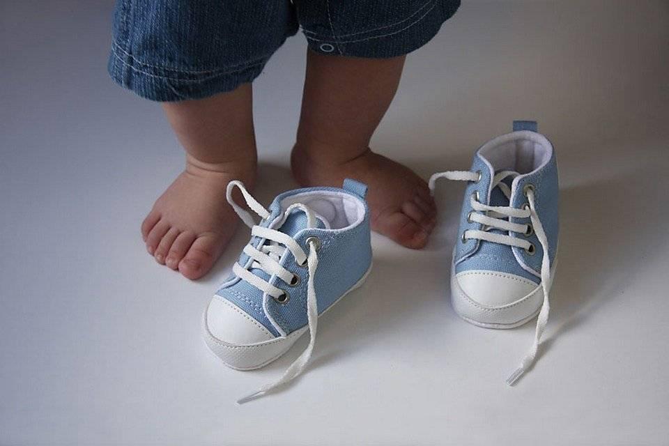 Правильный выбор первой обуви для малыша