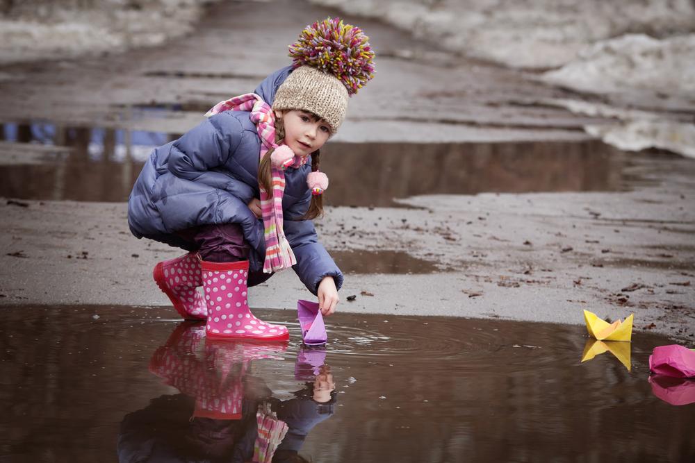 12 идей для тематической прогулки с детьми 2-5 лет – интересные прогулки для развития ребенка
