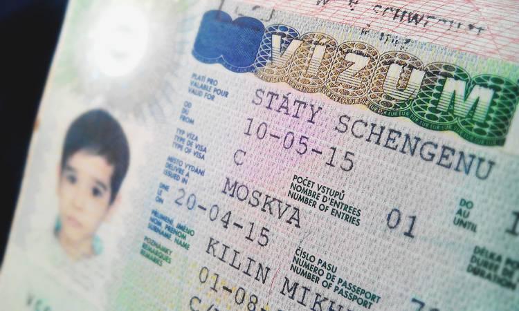 Разрешение на шенген ребенку: требуется ли оформление если едет с одним родителем.