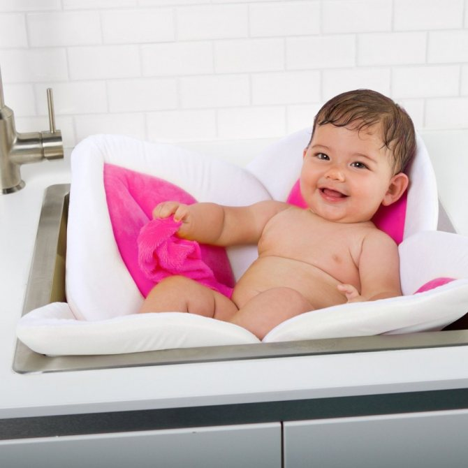 Medweb - гигиена новорожденного: 8 подсказок родителям