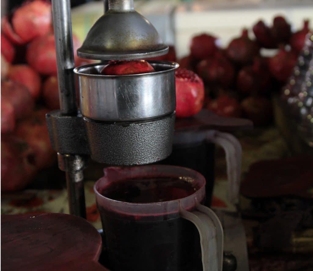 Гранатовый сок при грудном вскармливании: можно ли