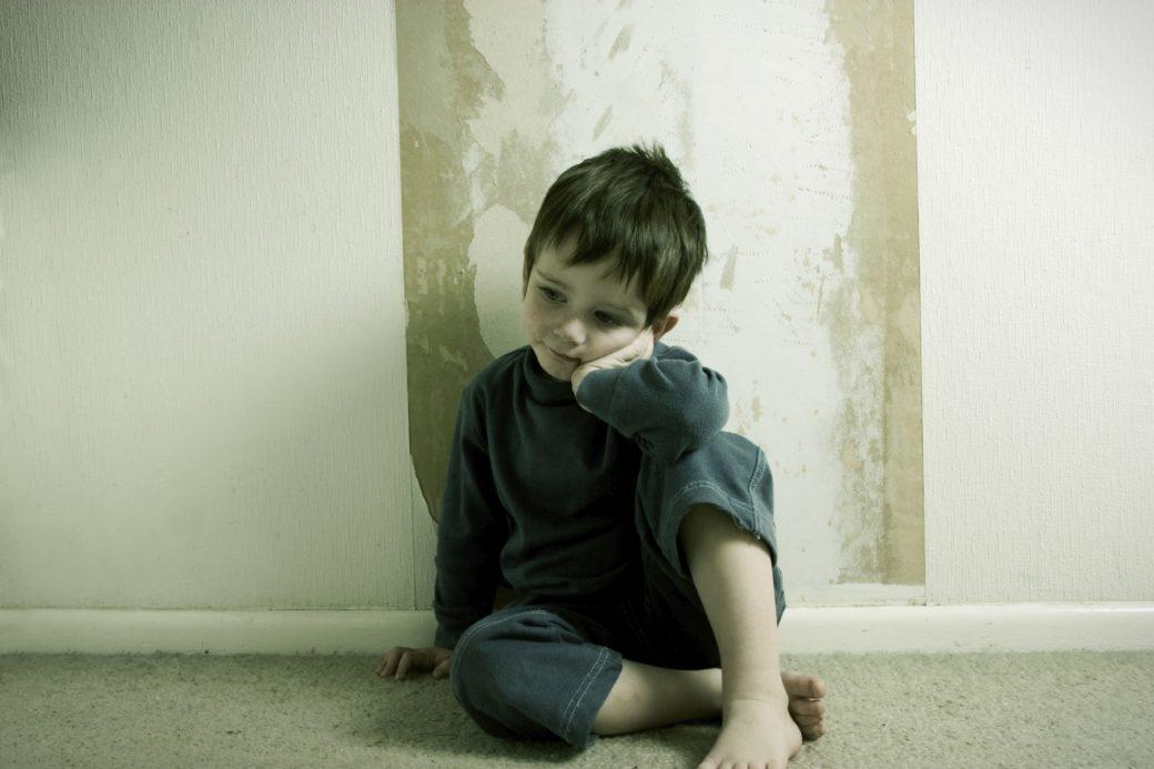 Один дома. психологи о том, как пережить второй карантин и не сойти с ума