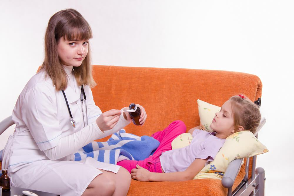 Как дать ребенку лекарство чтобы не выплюнул – ухищрения, которые срабатывают