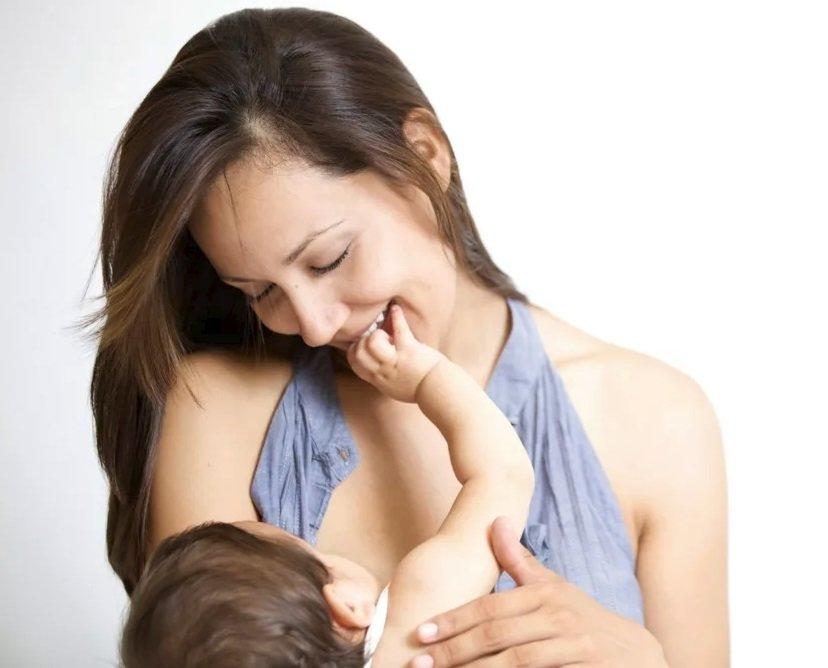 Какие фрукты можно есть кормящей маме при грудном вскармливании