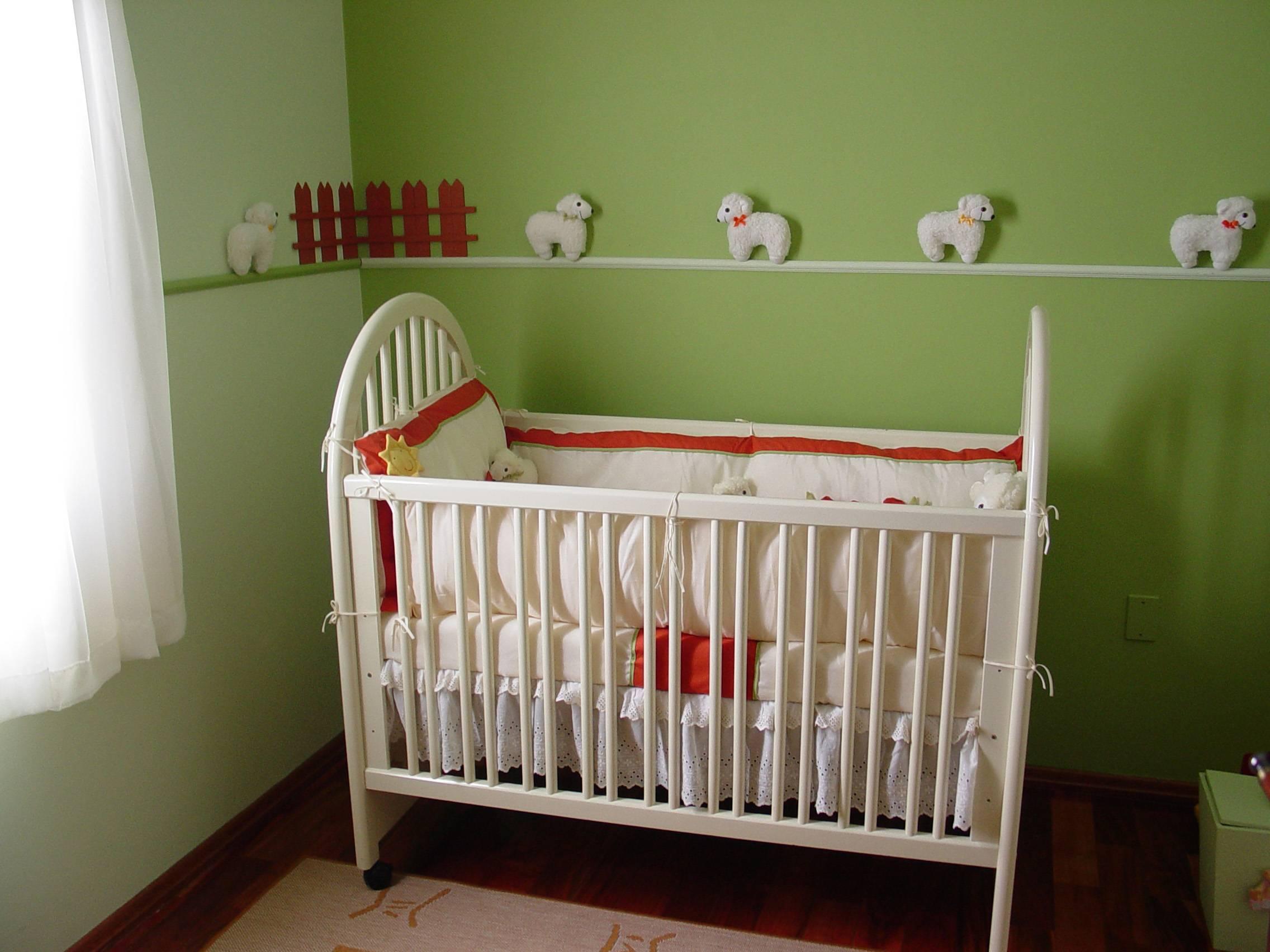 Как покрасить кровать в домашних условиях: как окрашивать старую деревянную, из дсп и металлическую, в том числе детскую, в белый или другой цвет?