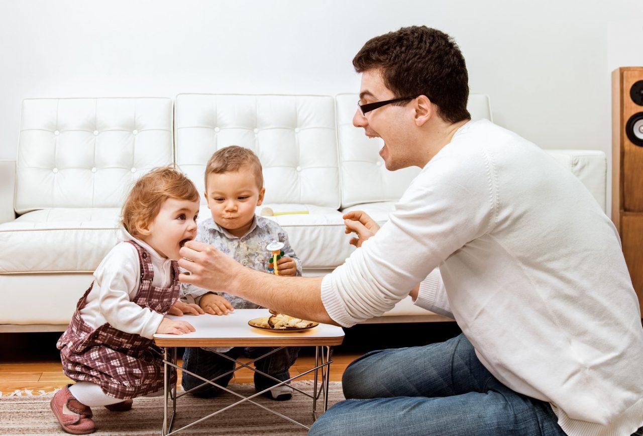 Отказ от ребенка отцом: причины, процедура, необходимые документы, последствия