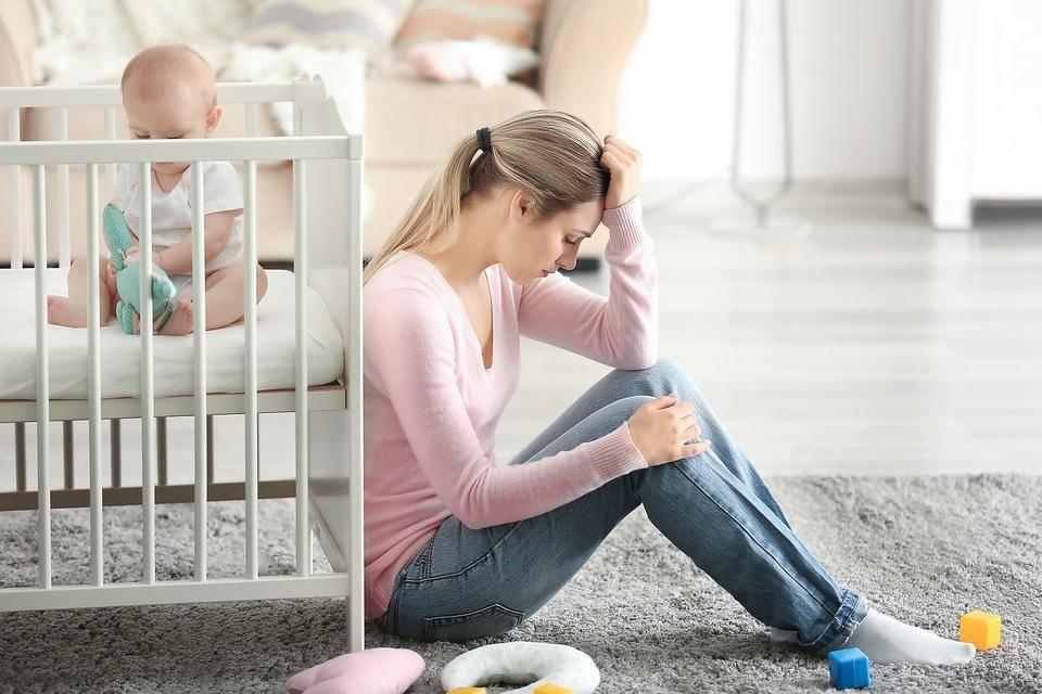 Послеродовая депрессия: сколько длится, как избавиться, признаки послеродовой депрессии