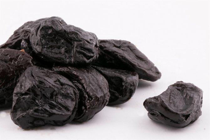 Употребления чернослива при грудном вскармливании