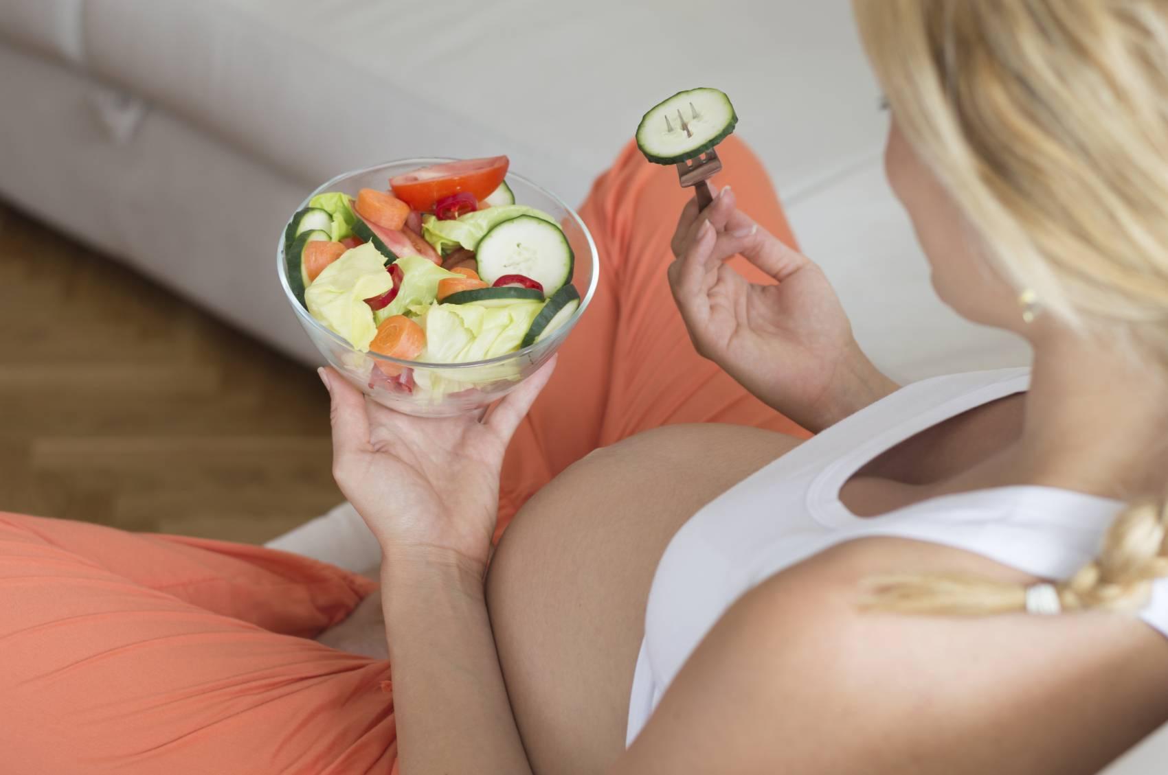Питание во время беременности 1 2 3 триместр: правильное по неделям, таблица