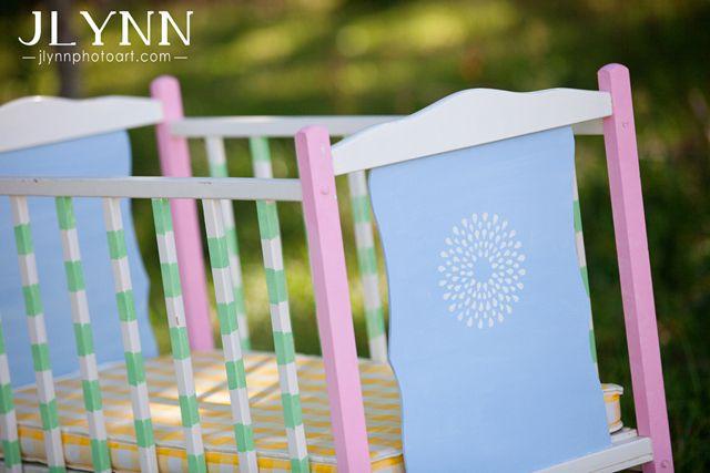 Грунтовка и окраска деревянной кровати. какую краску для детской мебели лучше всего использовать? этапы окрашивания кровати