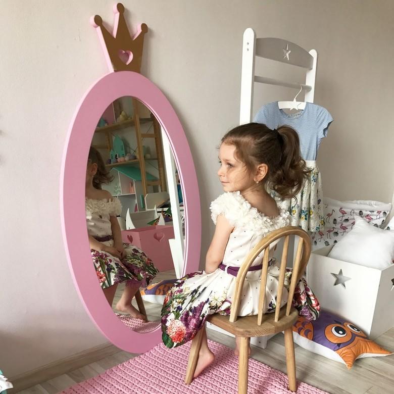 Выбираем зеркало в детскую комнату