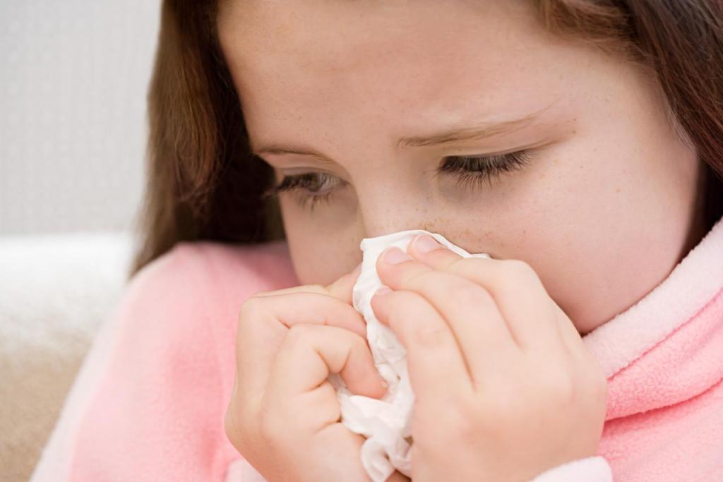Аллергический ринит: причины, симптомы и лечение у детей