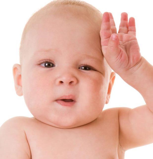 Выявление проблем с органами слуха у малышей: о чем говорит постоянное чесание ушной раковины?