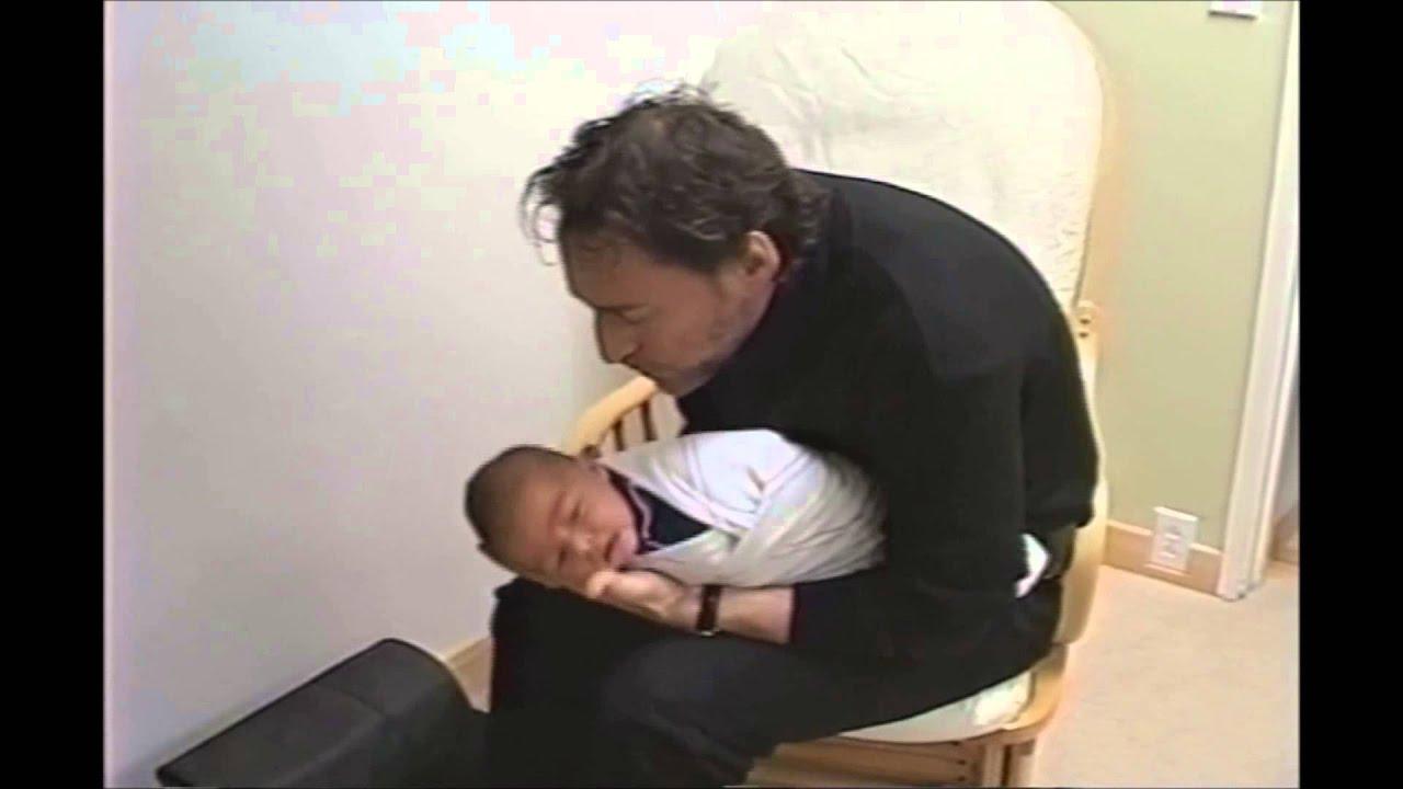 Как успокоить плачущего младенца: метод харви карпа - irenaspb.ru