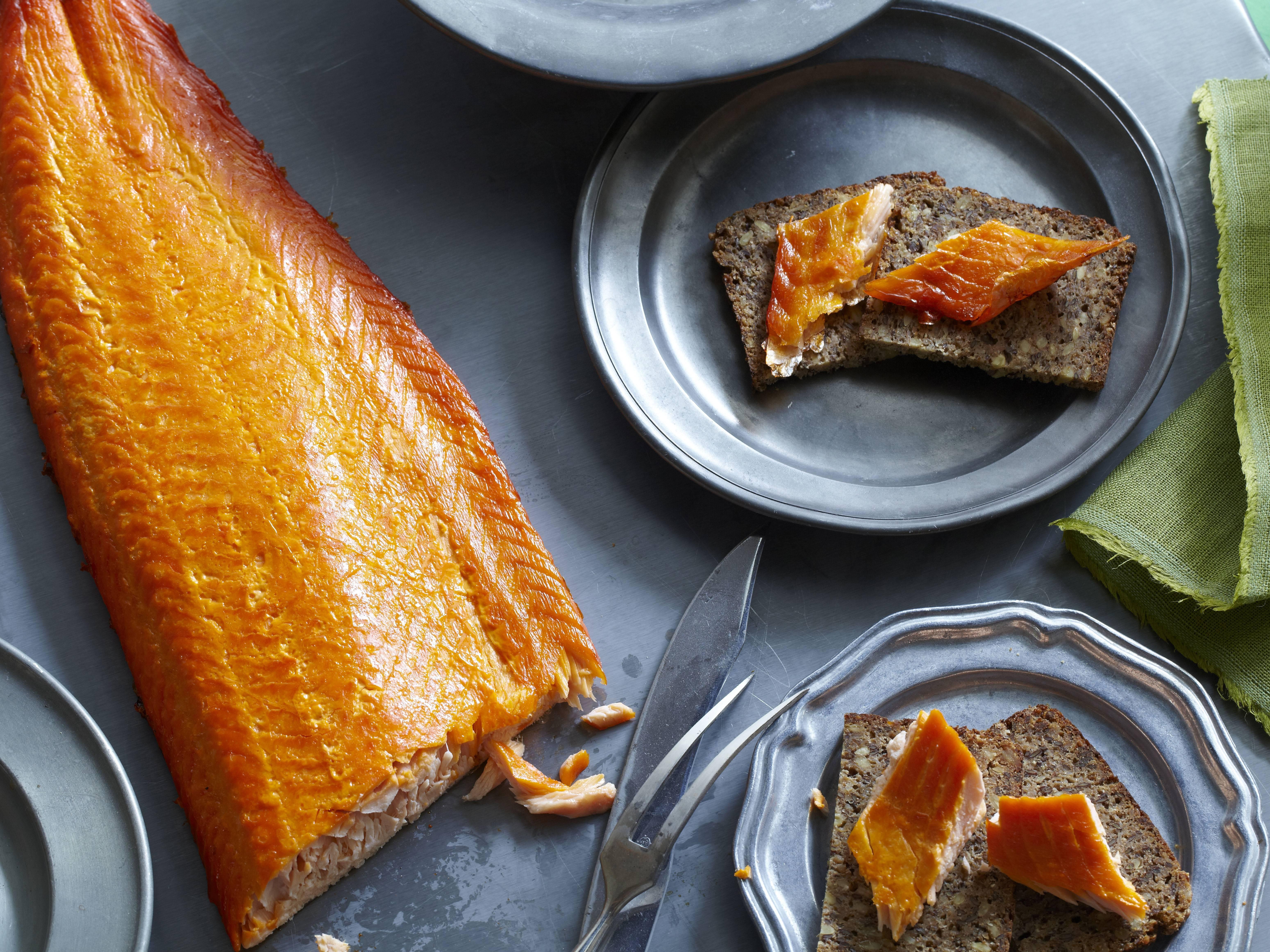 Можно ли кормящей маме рыбу? | уроки для мам