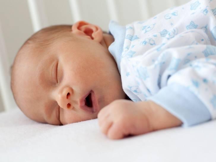 Детский храп при отсутствии соплей: причины и лечение