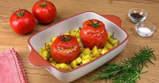 Разрешены ли помидоры при грудном вскармливании? желтые помидоры, печеные, тушеные, в сыром виде, соленые: можно ли кормящей маме баловать себя всем разнообразием томатов?