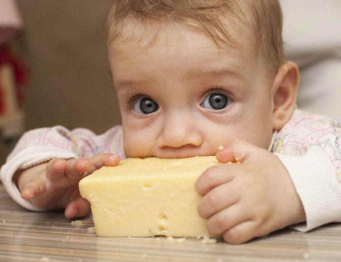 С какого возраста можно давать сахар ребенку: польза и вред для грудничка, комаровский