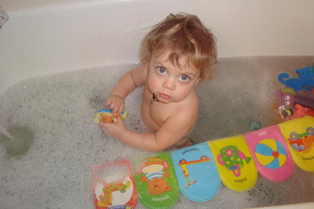 Игры в ванной для детей 2-4 лет