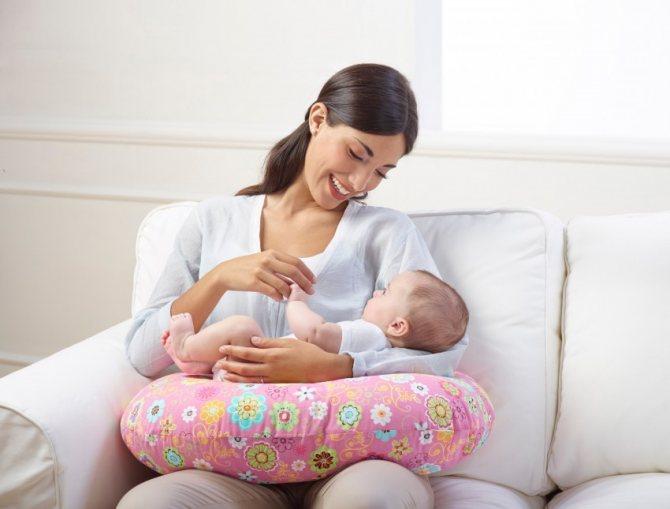 Лучшие подушки для беременных 2020 года: рейтинг подушек удобной формы