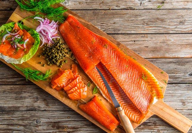 Сушеная рыба кормящей маме – можно ли?