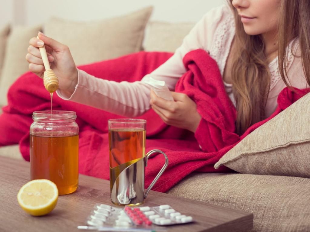 Как быстро вылечить простуду у ребенка жаропонижающие от боли в горле насморк консультации комаровского антибиотики народные средства