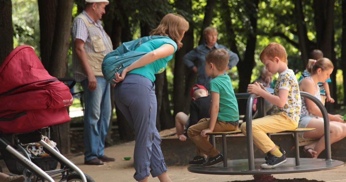 Как правильно реагировать на замечание вашему ребенку от постороннего человека?