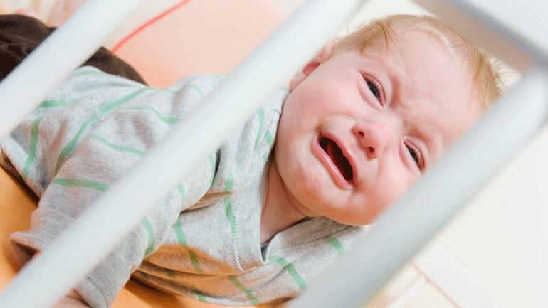 Почему грудной ребенок может плохо спать ночью — советы для здорового сна