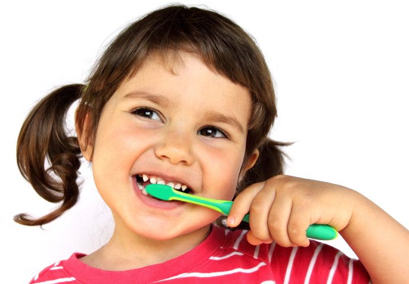 12 эффективных способов приучить ребенка чистить зубы