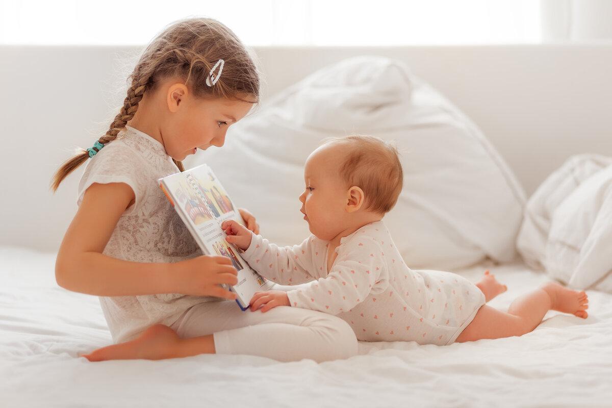 Ревность старшего ребенка к младшему: советы