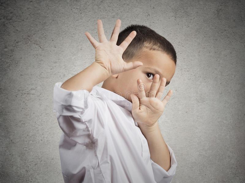 Страх громких звуков: причины, проявления, способы борьбы