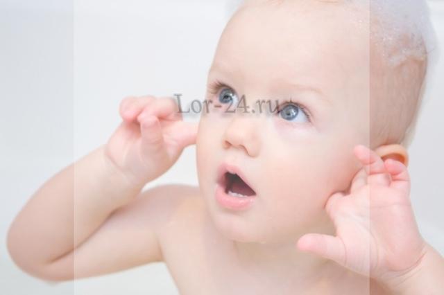 Отит у новорожденных и грудничков: как распознать, какие есть признаки и симптомы? / mama66.ru