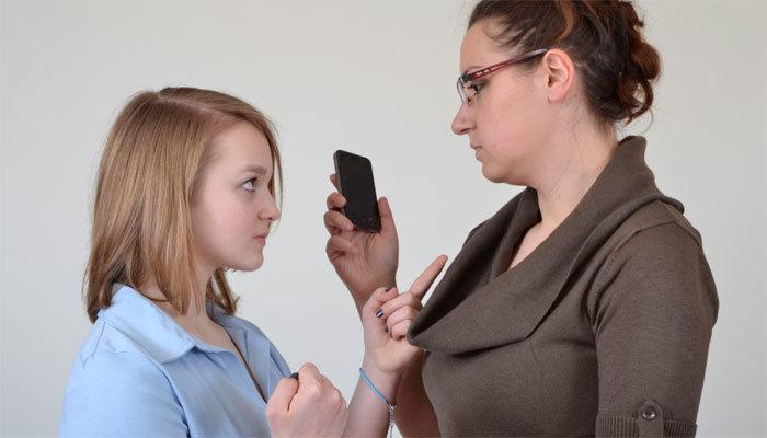 15 признаков того, что вы слишком строги к ребенку