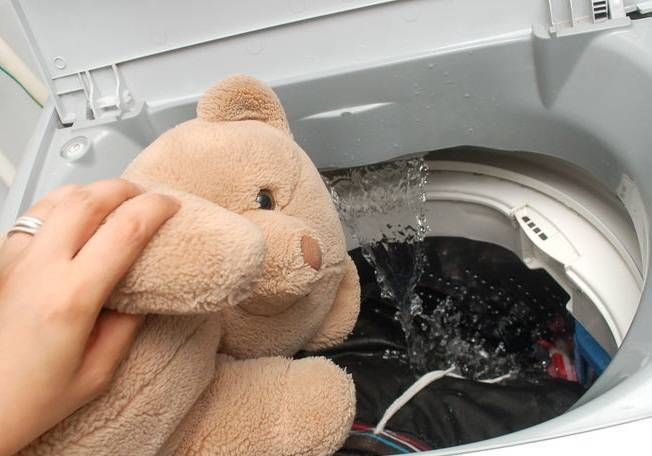 Чистые и пушистые: как стирать мягкие игрушки