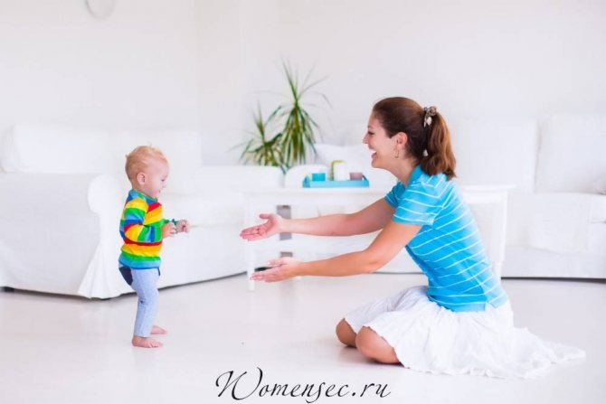 Как научить ребенка ходить: самостоятельно и без поддержки, основные упражнения, в 9, 10, 11 и 12 месяцев, советы комаровского.