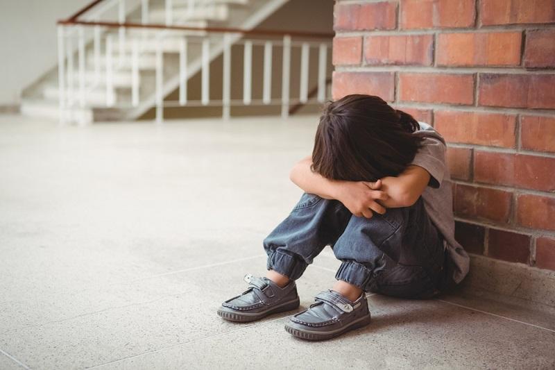 С ребенком не дружат в школе – как ему помочь?