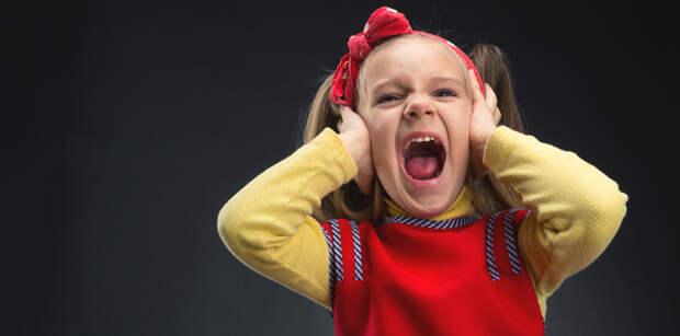 Ребенок приходит из детского садика и закатывает истерики