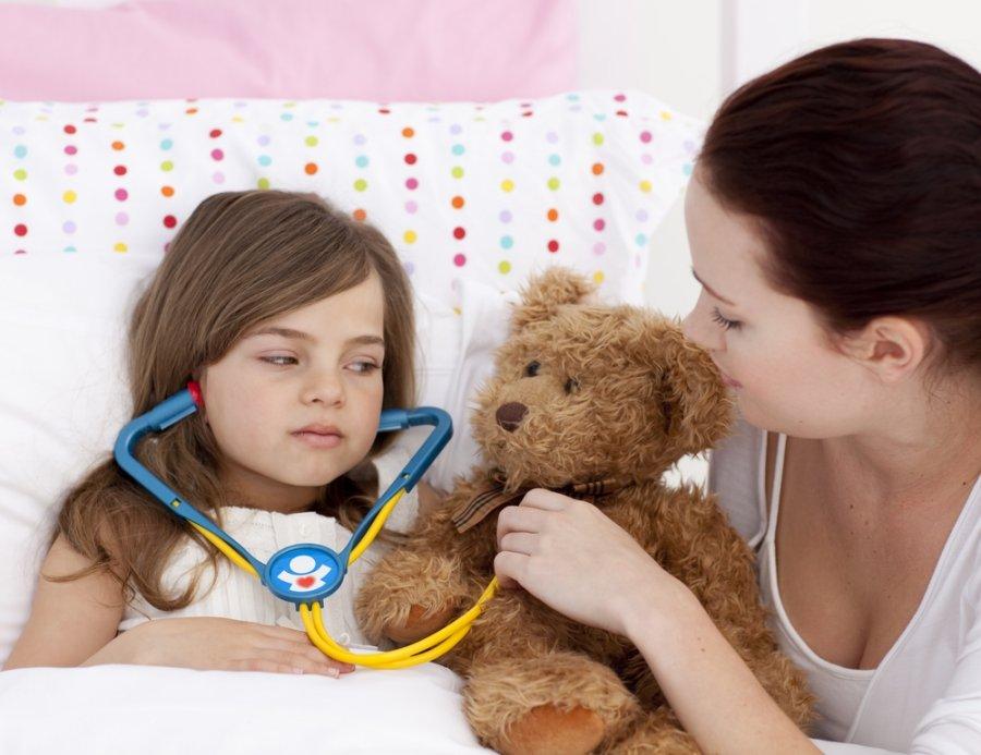 Как дать ребенку горькую таблетку, чтобы не выплюнул: маленькие хитрости и полезные советы
