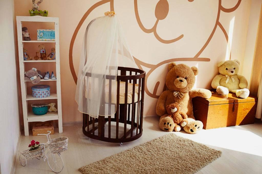 Как украсить детскую кроватку для новорожденных своими руками, оформление колыбели для девочки или мальчика, декоративные мобили и постельное белье